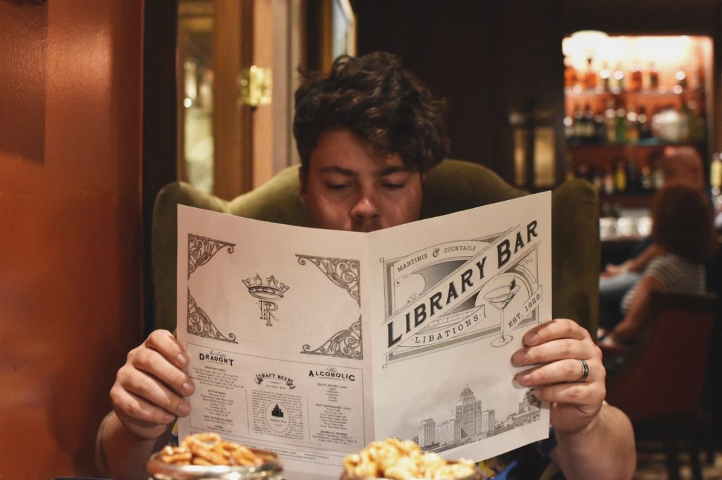 Library Bar - Fairmont Royal York Toronto cocktails