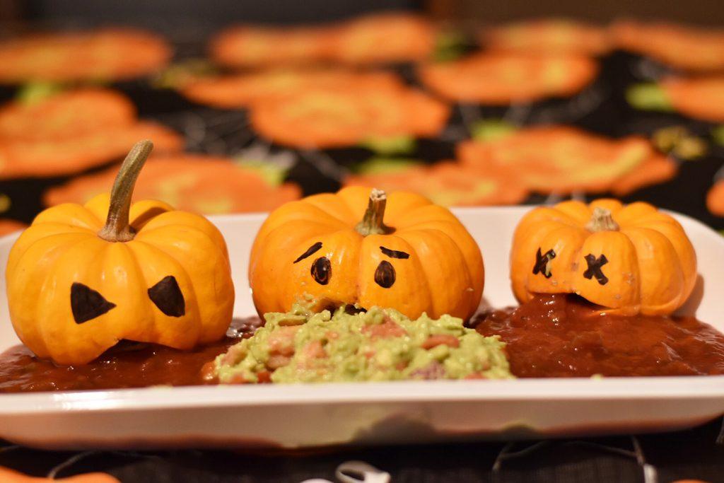 Halloween Food - Throw Up Pumpkins Salsa and Guacamole