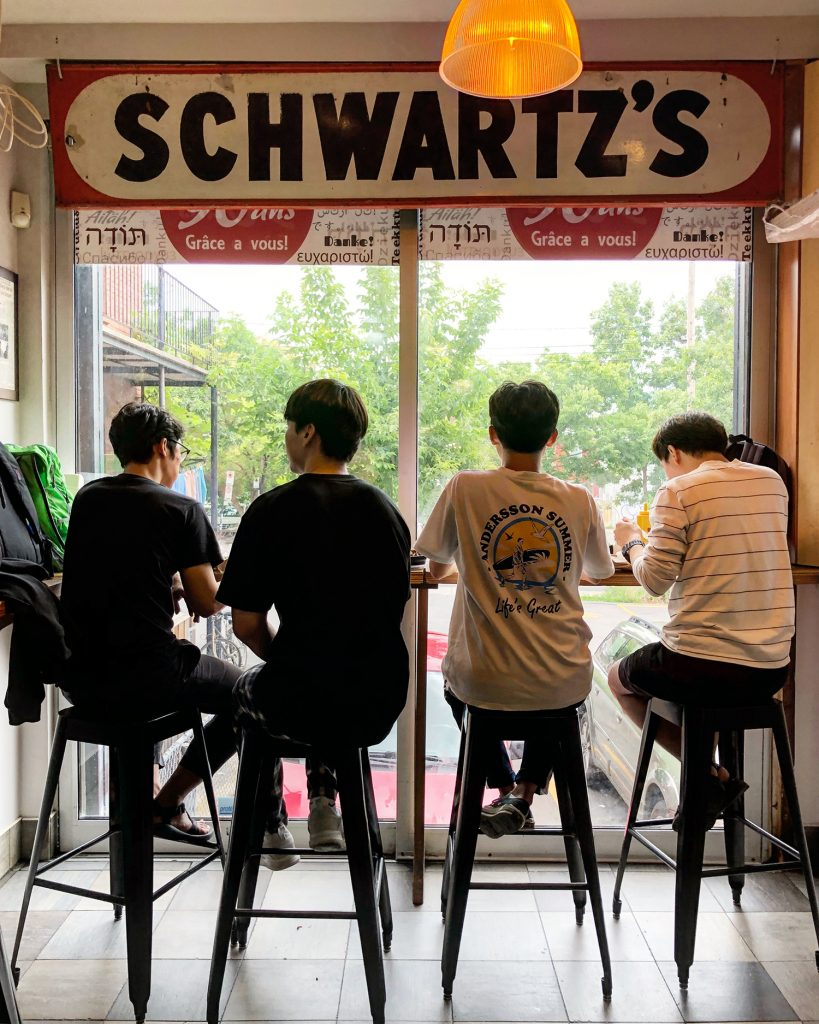 What to do in Montreal - Montreal Travel - Quebec - Tourism - Food - Schwartz Smoked Meat