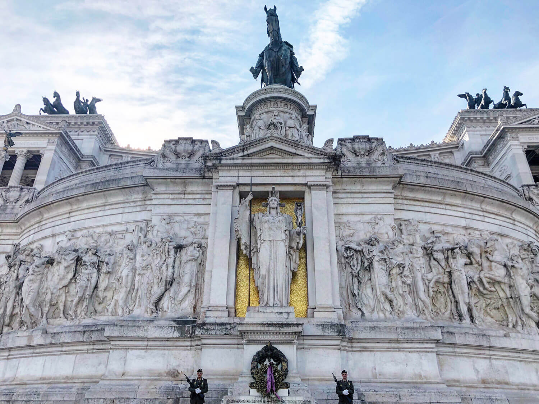 Monumento Nazionale a Vittorio Emanuele II Explore Rome Travel Italy
