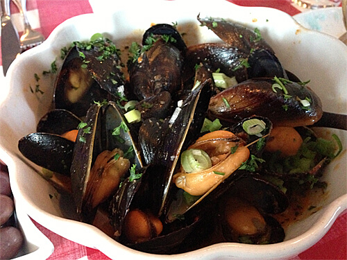 1 lb of Mussels in Rose Sauce at Cafe Amore Bistro. ($14)