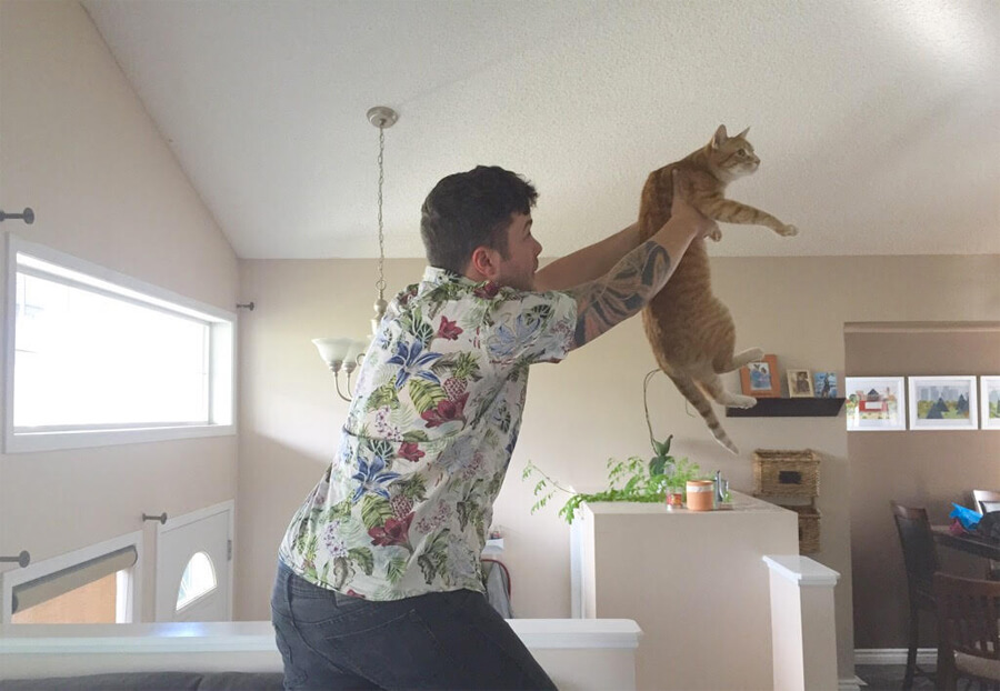Re-enacting The Lion King with Loki before the show!