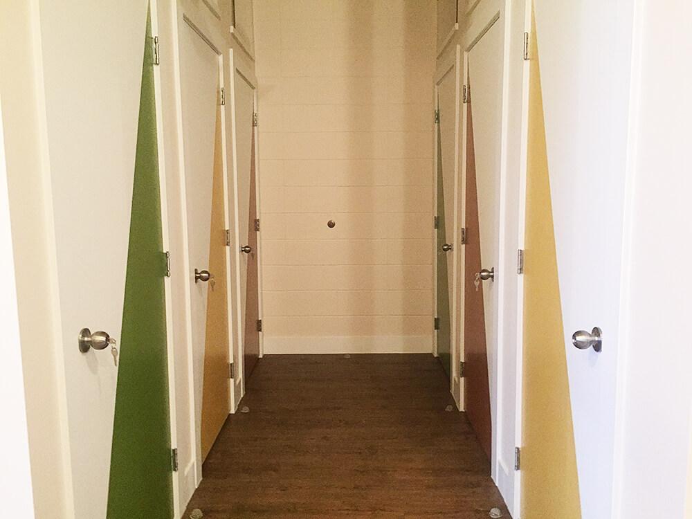 Edmonton Escape Rooms - SmartyPantz RU 1 - Live Action