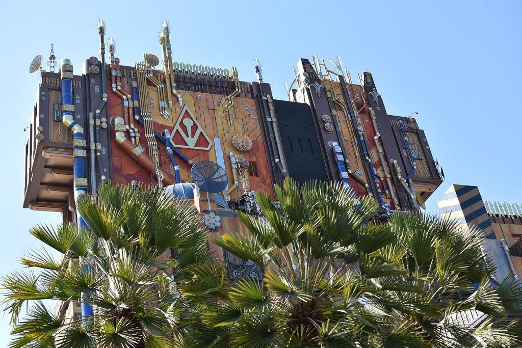 Disneyland California Adventure - Guardians of the Galaxy Mission Breakout - Amusement Park Rides
