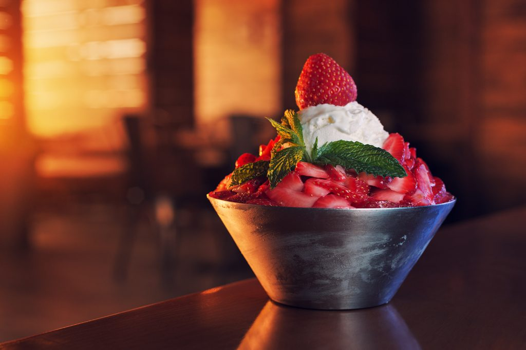 Strawberry Bingsu Korean Hanjan Cafe