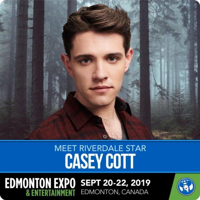 Casey Cott - Riverdale - Kevin Keller - Edmonton Expo