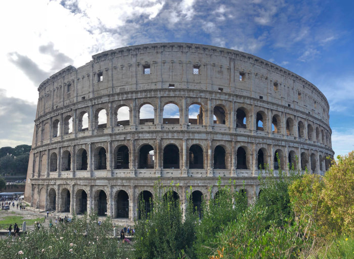 Colosseum - Explore Italy - Tips for Travelling to Italy - Italian Landmarks