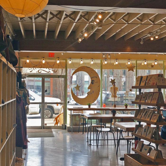 Barking Buffalo Cafe 124 Street Edmonton