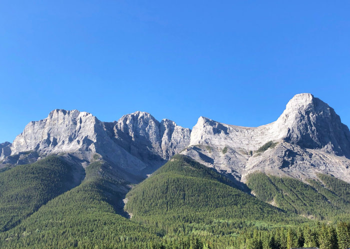 Coast Canmore Hotel - Canmore Kananaskis - Explore Alberta - Travel - Hiking - Ha Ling Peak
