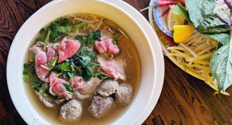 King Noodle House Pho Hoang - Edmonton - Chinatown - Food Crawl - Where to Eat in Chinatown - Pho Vietnamese Food