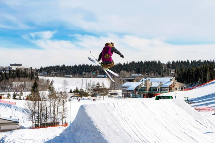Snow Valley Ski Club - Learn How to Ski - Northern Alberta - Snowseekers - Explore - Edmonton - Ski Lessons