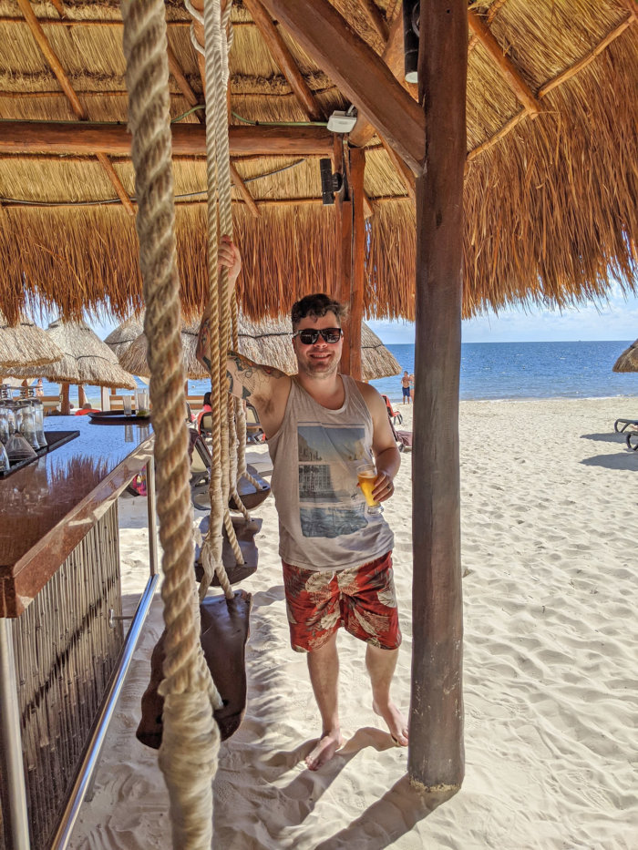 Dreams Riviera Cancun - Instagrammable Photo Op Spots - Places to Take a Picture - Mexico - Bar Swing