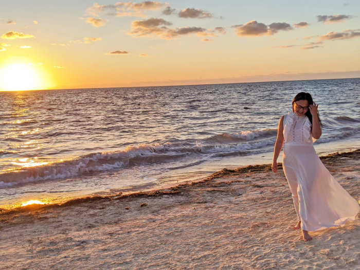 Dreams Riviera Cancun - Instagrammable Photo Op Spots - Places to Take a Picture - Mexico - Beach Sunrise