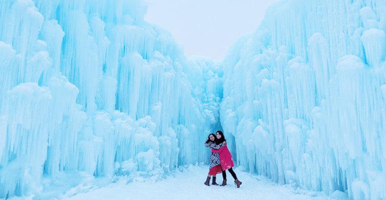 Explore Edmonton - Ice Castles - Explore Alberta - Canadian Winter Attraction - Instagrammable