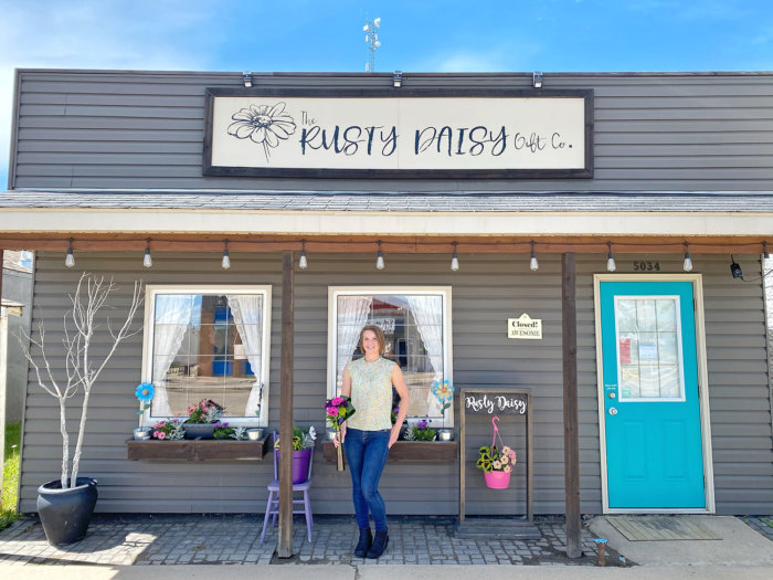 Flagstaff County - The Rusty Daisy Gift Co - Linda Hoang