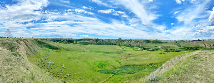 Saamis Archaeological Site - Saamis Tepee - Explore Alberta - Medicine Hat - Travel