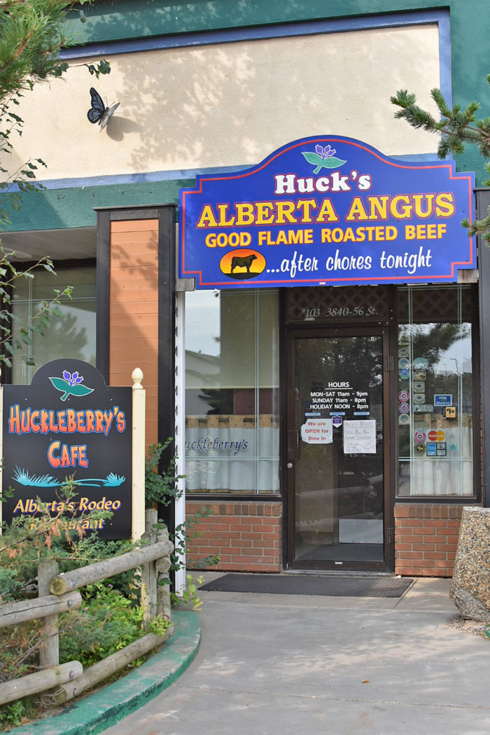 City of Wetaskiwin - Explore Alberta - Travel Guide - Where to Eat What To Do - Huckleberry's Cafe