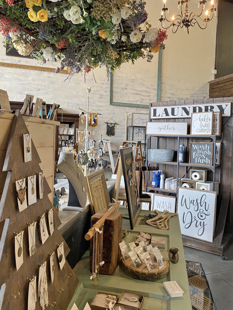 Whimsical Vintage Creations - Town of Stony Plain Alberta - Explore Alberta - Travel Alberta - Parkland County - Shopping - Things to Do