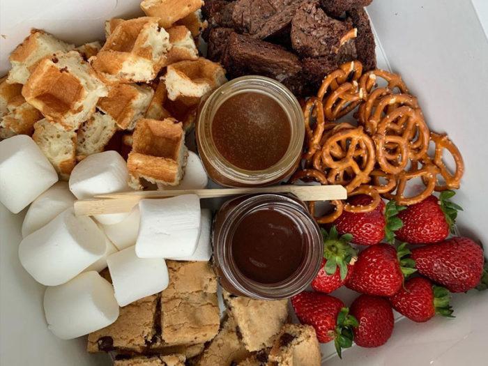The Cakery - Fondue Valentines Box - Valentines Day - Romantic - Explore Edmonton - Food - Sweet Treats