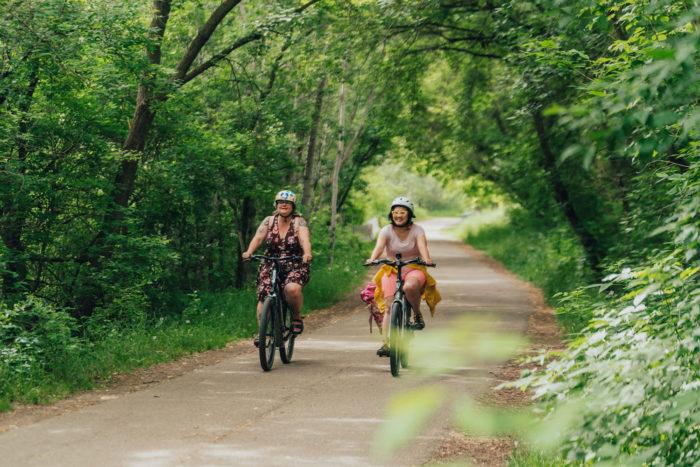 Biking Edmonton - Bike Alberta - Explore Canada - Explore Edmonton - ZenSeekers - Cycling in the City - Edmonton Food Landmarks Neighbourhoods - River Valley 2