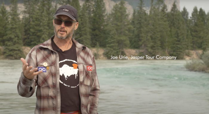 Explore Alberta - Travel Alberta - Wildlife - Jasper National Park - Jasper Tour Company 4