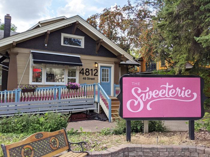 Explore Camrose - Go East of Edmonton - City of Camrose - Explore Alberta - Travel - Day Trip - The Sweeterie